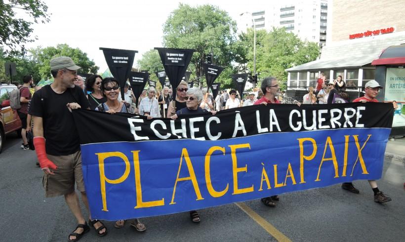 9 août 2016: Le Collectif Échec à la guerre présent à la marche d'ouverture du Forum social mondial à Montréal
