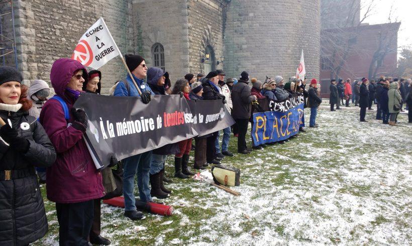 Vigile du 11 novembre 2019 (Montréal) - pour se souvenir de toutes les victimes des guerres - civiles et militaires. Crédit: Mercédez Roberge.